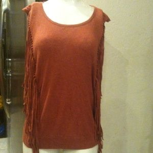 Knit tee with fringe